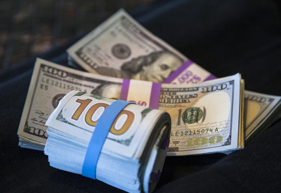 dolary stovky